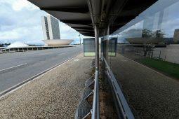 Brasília deserta por razão da pandemia de covid-19. Foto: Jefferson Rudy/Agência Senado